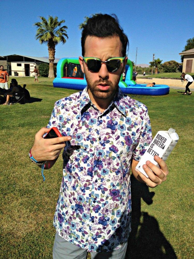 01 blogger chiara ferragni fashion prada print flower shirt coachella california
