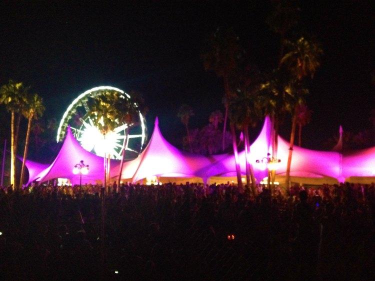 06 chiara ferragni fashion coachella palm springs california blogger lights
