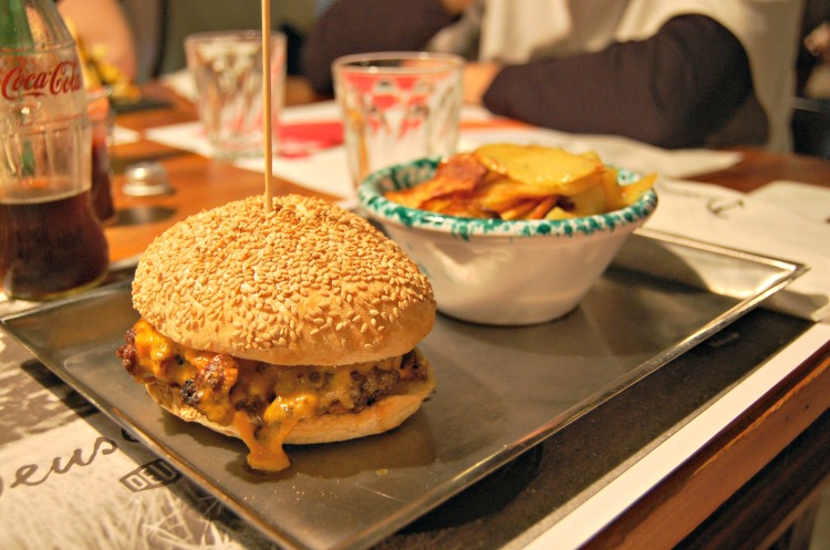 04 burger 10third italian blogger friends milan