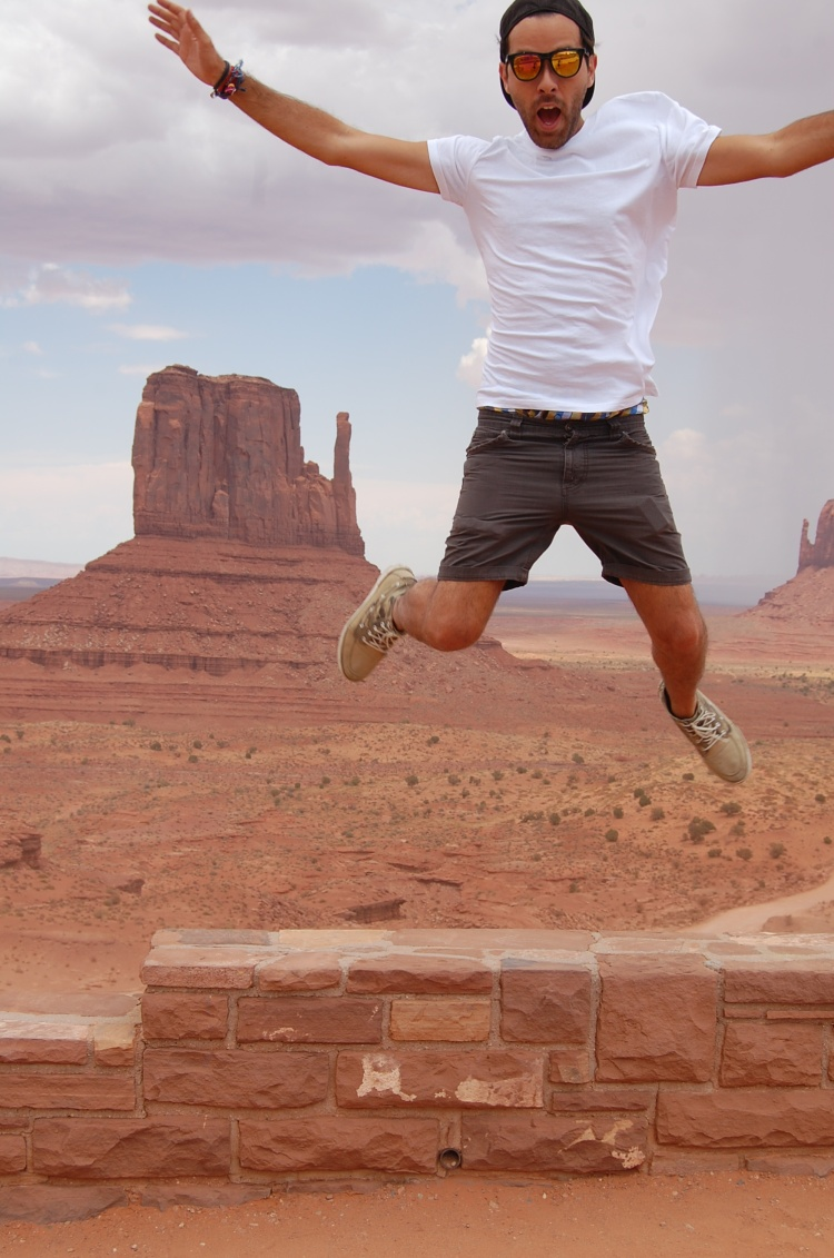 01 10third fashion italian jump blogger monument valley