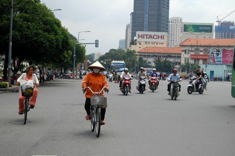 05 10third italian fashion blogger angelo tropea ho chi minh vietnam saigon